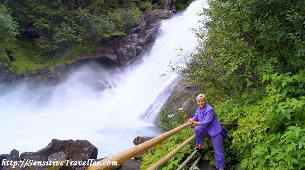 Второй водопад из каскада Кримль
