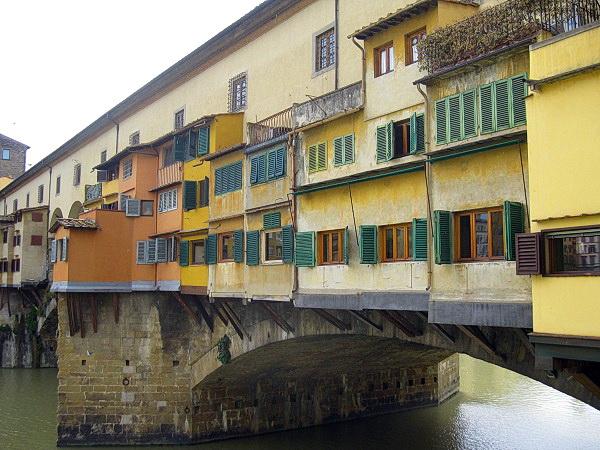 Мост Ponte Vecchio днём (Флоренция, Италия)