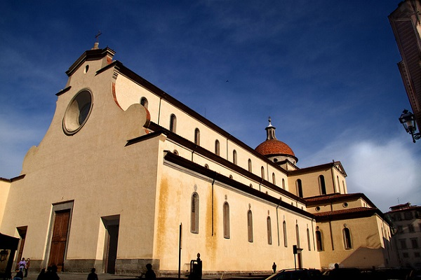 Базилика Святого Духа (Флоренция, Италия)