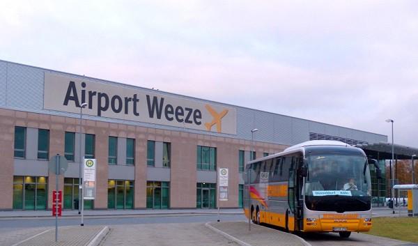 Фото здания аэропорта Weeze